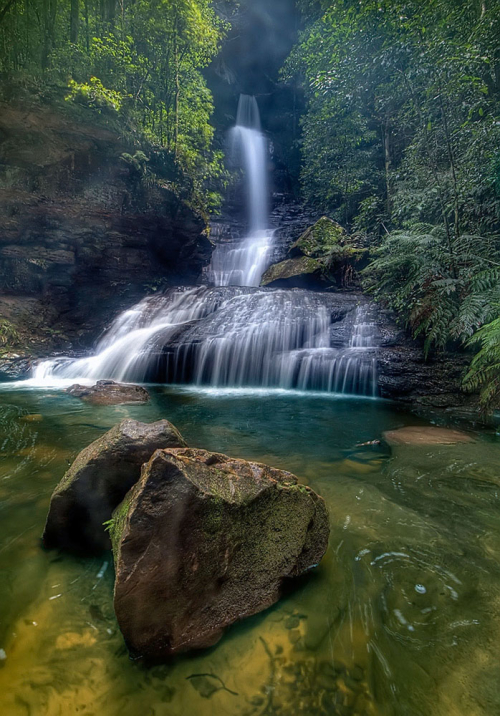 Empress falls in full flow after months of rain. Valley of the Waters, Blue Mountains, Australia